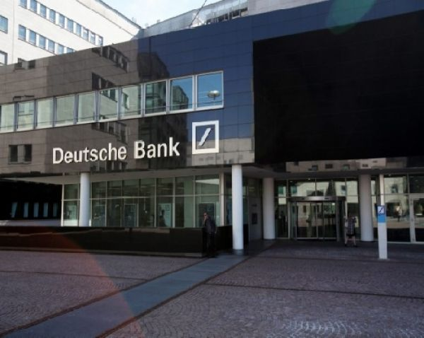 DEUTSCHE BANK IN MILAN